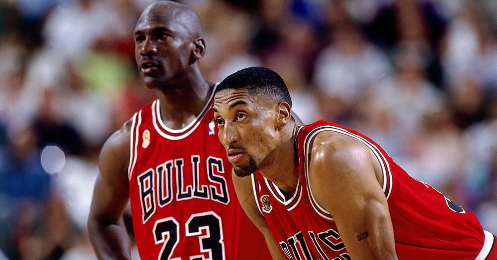 夢幻二人組再現!Michael Jordan 與 Pippen 訓練營同場表演!